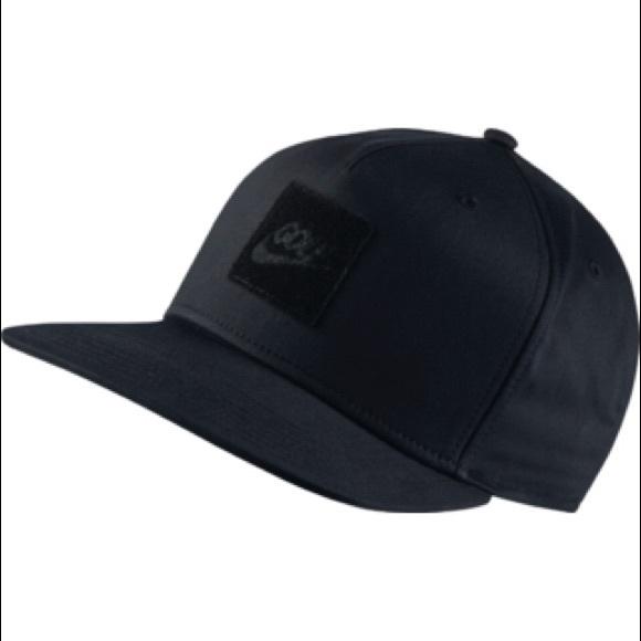 92d25620 2 NIKE GOLF DRY DESSERT STRAP BACK HATS | USED. M_5ab52d323afbbd3b4fbe0238
